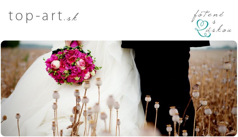 Terézia Plešová - svadobný a portrétový fotograf logo